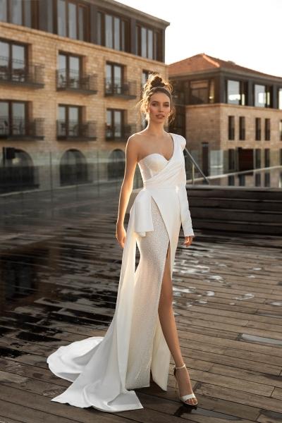 Стильные альтернативы: идеи для невест, которые не хотят белое платье