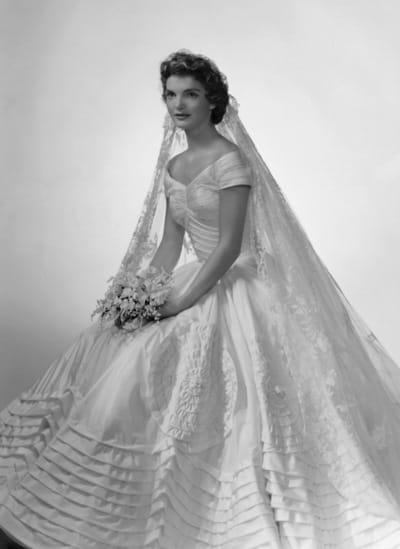 Свадебные платья в ретро стиле для Вашей оригинальной свадьбы