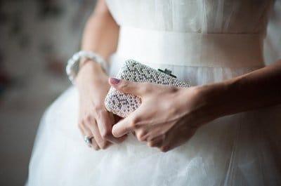 Верная спутница. О сумочке невесты и ее содержимом. (Часть 3)