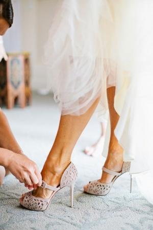 Что к чему — подбираем обувь к платью по фасону
