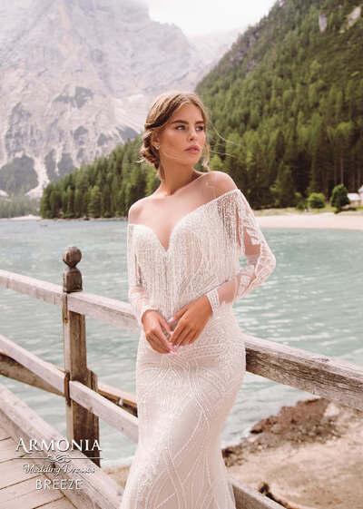 Свадебные платья со спущенными плечами