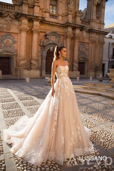 10 типов декольте свадебных платьев - какое подойдет именно вам?