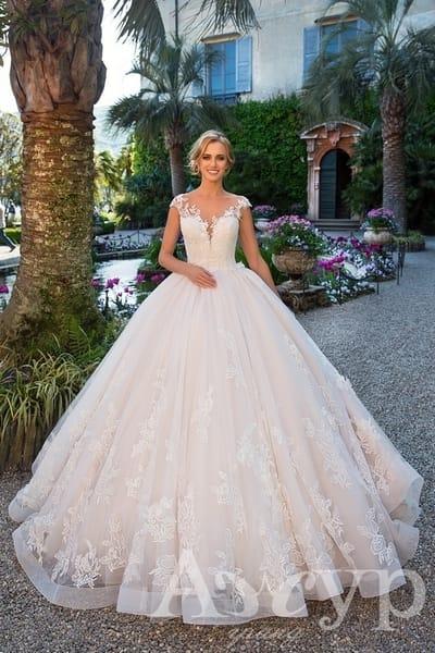 Выбираем свадебное платье по типу фигуры: Прямоугольник
