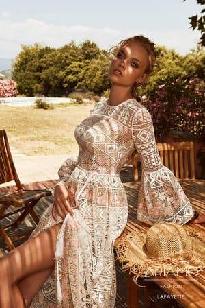 Пудровые свадебные платья