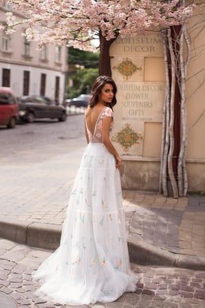 Летнее платье: комфорт и очарование