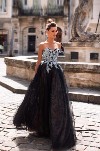 Подборка вечерних платьев с элементами вышивки