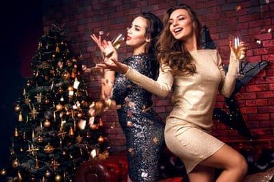 Новый год не за горами - выбираем вечернее платье