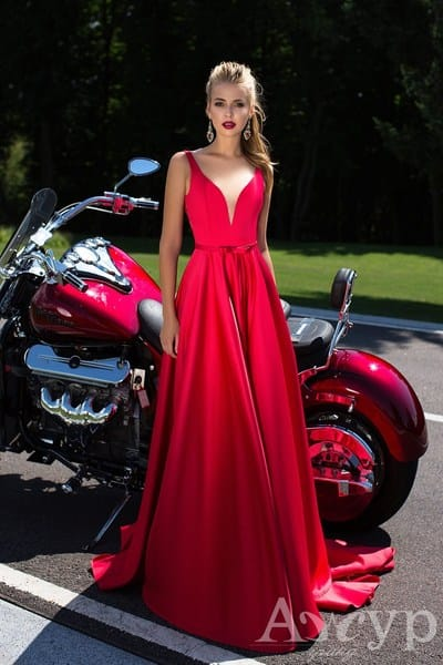 9 самых сексуальных вечерних платьев от салона Гранд Ажур