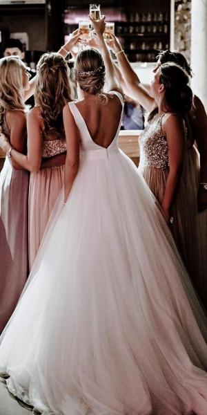 Обязанности на свадьбе: все, что нужно знать о подружке невесты