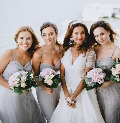 Какие вечерние платья сейчас в тренде для подружек невесты?