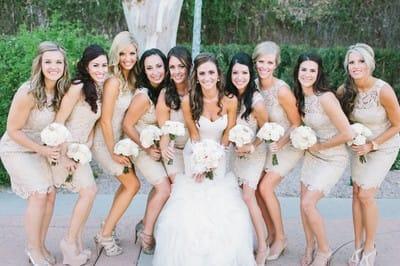 Весілля в стилі All White - поради щодо вибору сукні для подружок нареченої