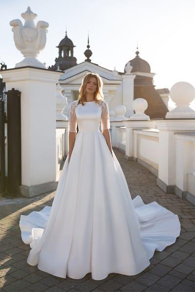 Прості весільні сукні з родзинкою