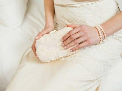Верная спутница. О сумочке невесты и ее содержимом. (Часть 1)