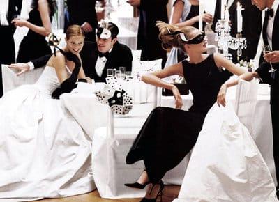 """Дресс-код свадьбы """"Черный галстук"""": что надеть подружке невесты?"""