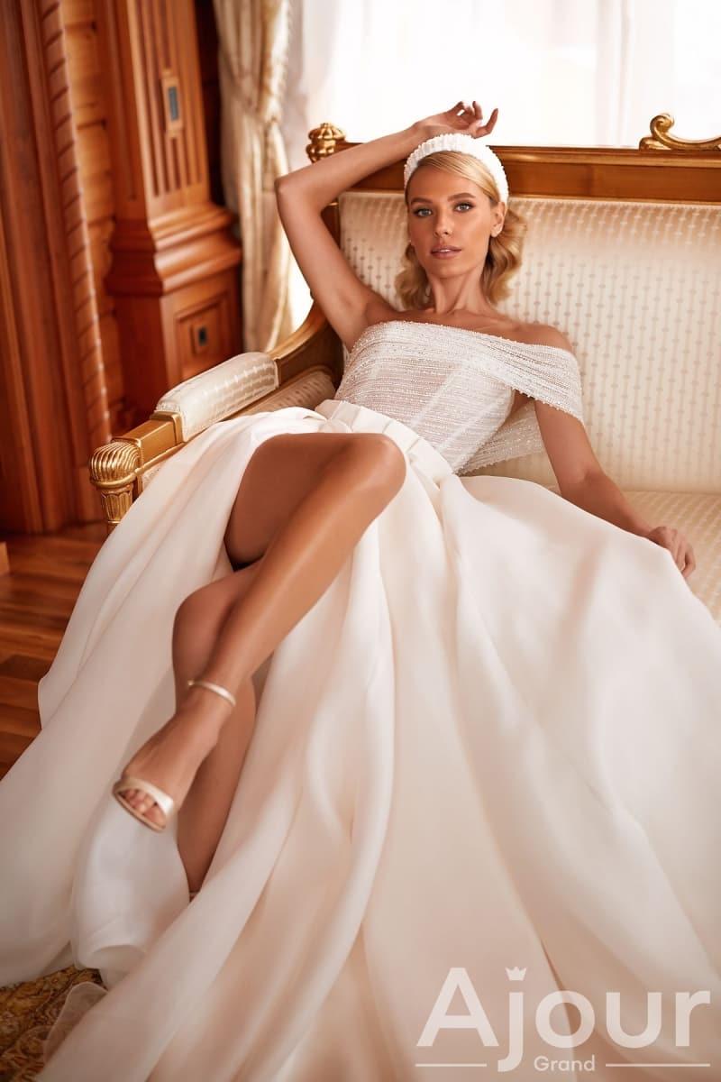 Свадебное платье MYSTERY 3247.00.17