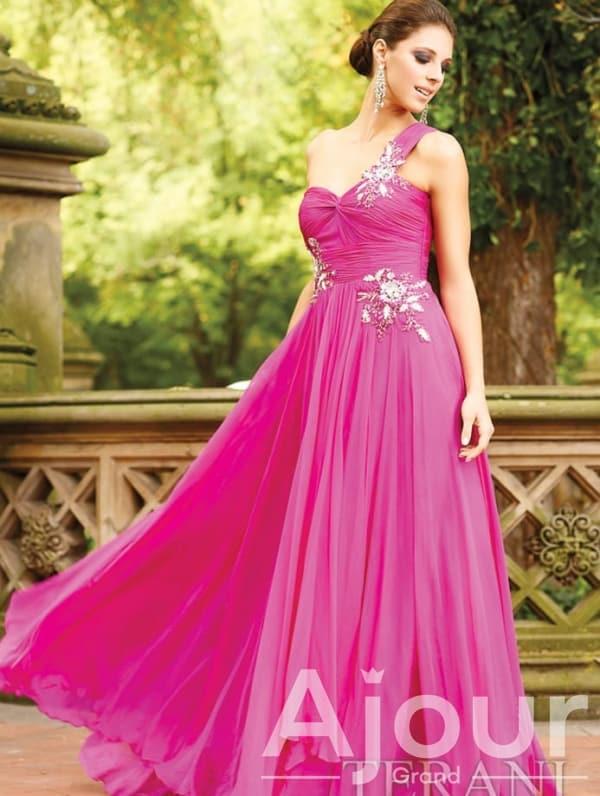 Terani Couture P618